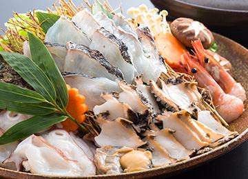魚・えび・いか・貝類等の盛合せ